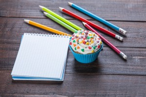 notepad with cupcake