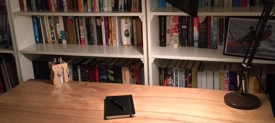 Writing a novel is like building a desk Image